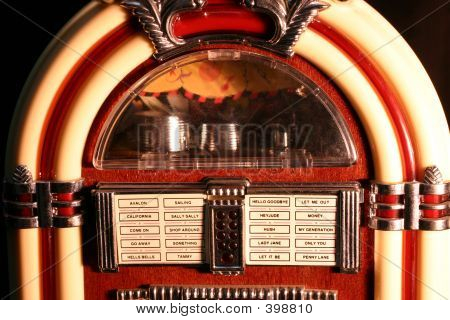 Jukebox Close 4