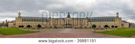Karlsruhe Palace - Baden-w�rttemberg, Germany