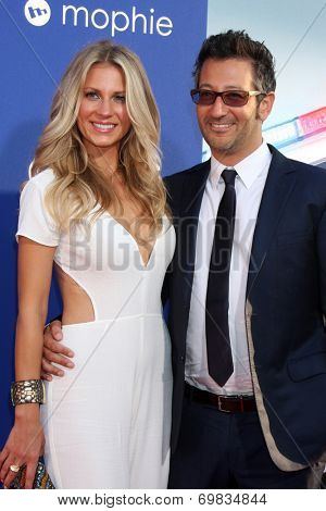 LOS ANGELES - AUG 7:  Sarah Greenfield, Luke Greenfield at the