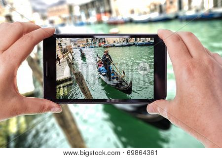 Shooting In Venice