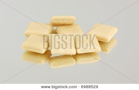 Several pieces of nicotine gum