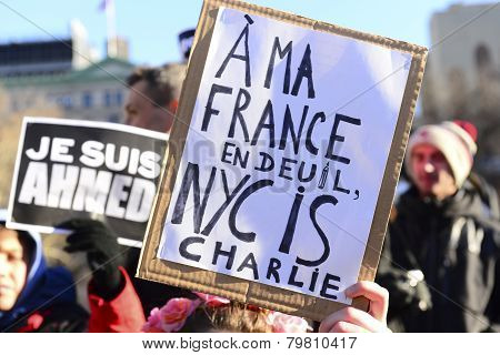 Mourning for France sign