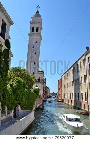 Slanting tower in Venice
