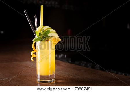 Screw Driver Cocktail With Fresh Mint