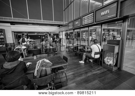 PARIS - SEPTEMBER 04: Starbucks cafe interior in Orly Airport on September 04, 2014 in Paris, France. Paris Orly Airport is an international airport located partially in Orly, south of Paris