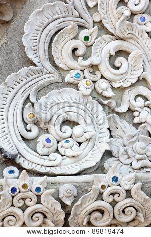 Stucco White Sculpture Decorative