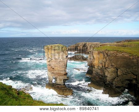 Cliffs of Yesnaby (Scotland)