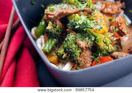 Oranger Beef Stir Fry With Udon Noodles