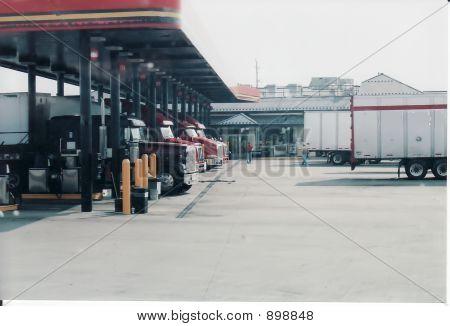 Truckstop01_Filtered