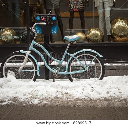 bicycle in winter