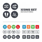 foto of footprint  - Step by step icons - JPG