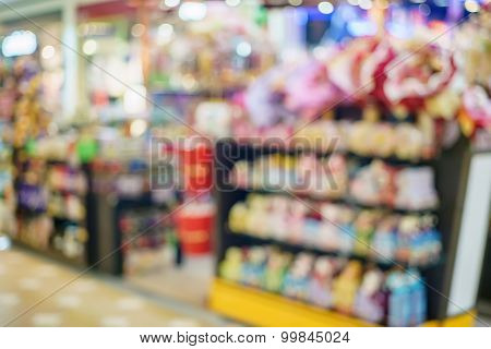 Blurred Image Of A Convenience Store In Shopping Mall