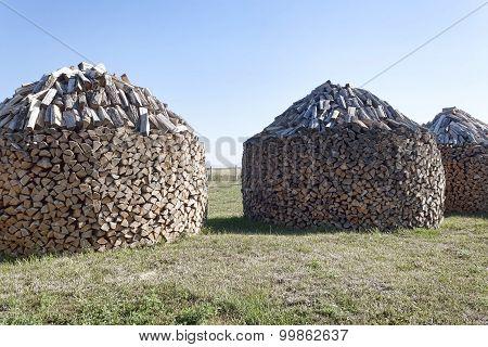 Woodpile Stacked Circular Manner