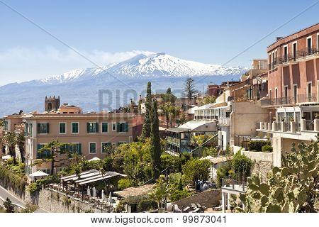 Panoramic view of historic Sicilian town of Taormina