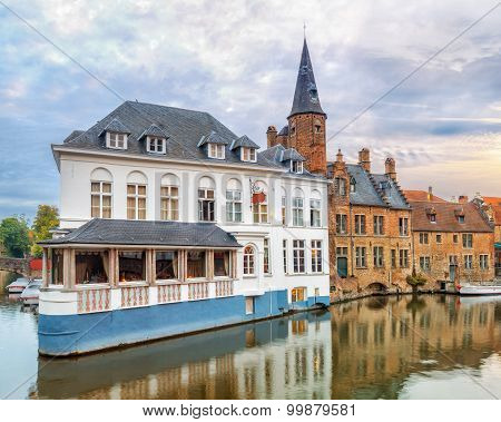 Brugge canals at sunrise