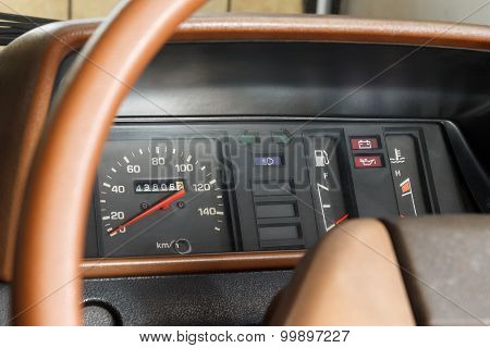 Analog Car Speedometer