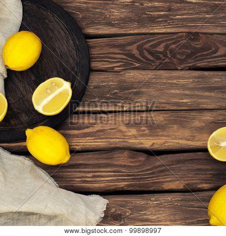 Scattered Yellow Lemons