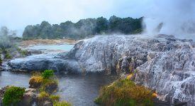 picture of thermal  - Te Puia thermal park - JPG