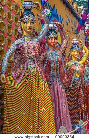 Clay Idols Of Ethnic Women