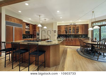 "Kitchen With ""l"" Shaped Center Island"