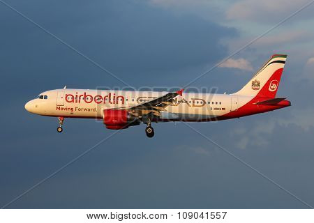 Air Berlin Airbus A320 Airplane