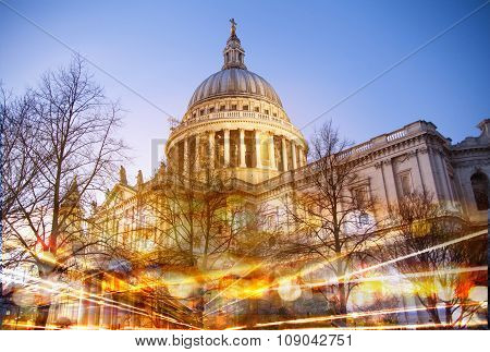 St. Pauls cathedral Night view and traffic lights reflection, London