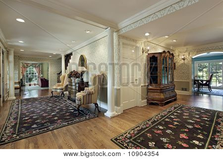 Double Foyer With White Column