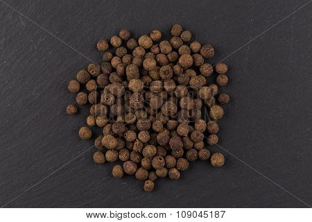 Black Pepper Heaps