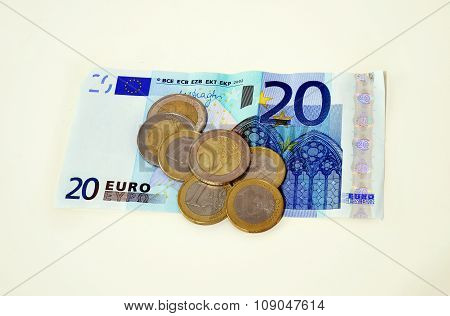 twenty euros and coins