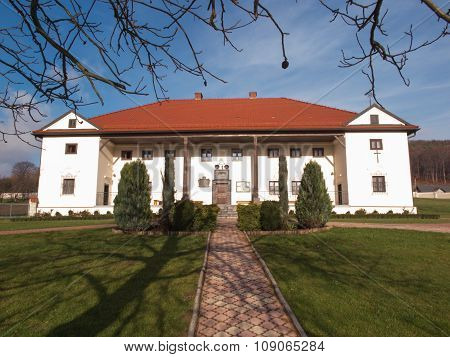 Building Monastic Sisters Of The Holy Soul Of Christ The Lord In Siedlec, Poland
