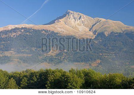 Velouchi Peak