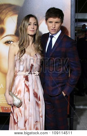 LOS ANGELES - NOV 21:  Hannah Bagshawe, Eddie Redmayne at the