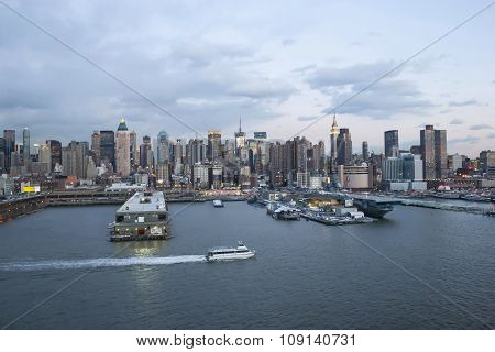 Midtown Manhattan Waterfront