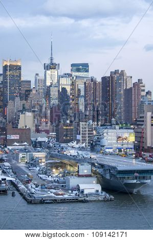 Midtown Manhattan And Intrepid