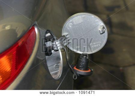 Tanque de combustible abierto