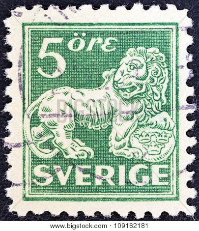 SWEDEN - CIRCA 1920: A stamp printed in Sweden shows a lion (after sculpture by B. Foucquet), circa 1920.