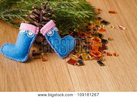 Pine And Felted Small Doll Clothes