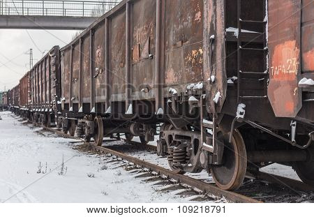 Big cargo transportation by rail