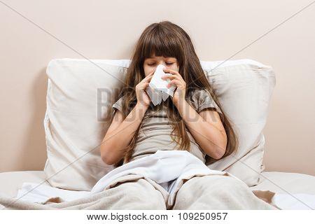 Little girl having flu