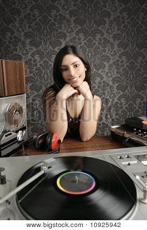 DJ Retro mujer Vintage vinilo giradiscos música