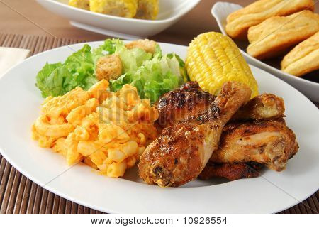 Fried Chicken With Macaroni And Cheese