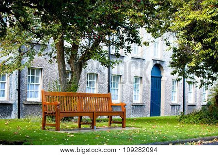 Bench in the Trinity collage Dublin park