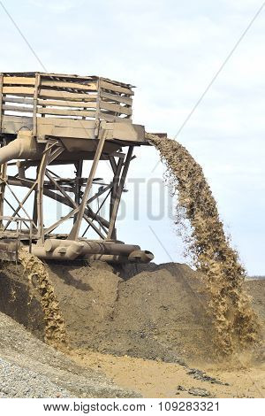 Sand extraction for the production