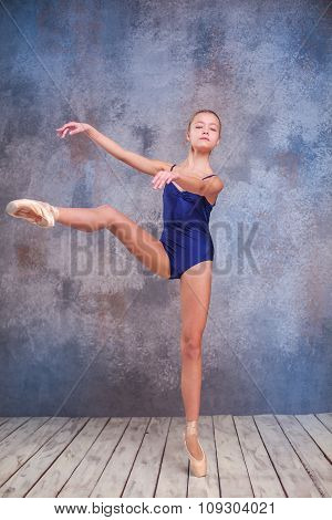 The young ballerina posing