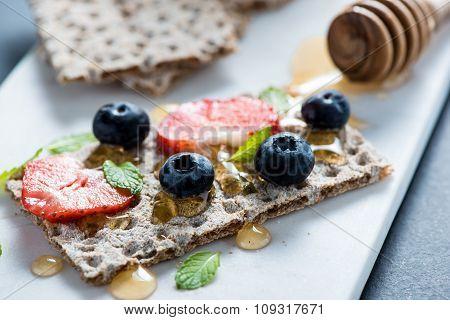 Crispbread With Honey And Berries