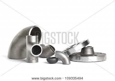 Steel welding fittings and connectors. Elbow, flanges and tee.