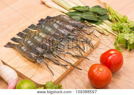 Raw Tiger Fresh Shrimps With Vegetables