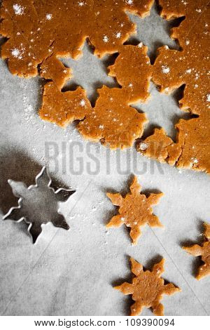 Baking star shape christmas cookies