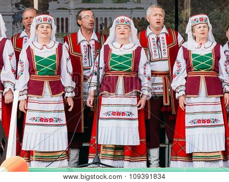 Unknown women group in national clothes in Gomel, Belarus