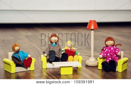 Cute Family Of The Wooden Figures, Retro Toys